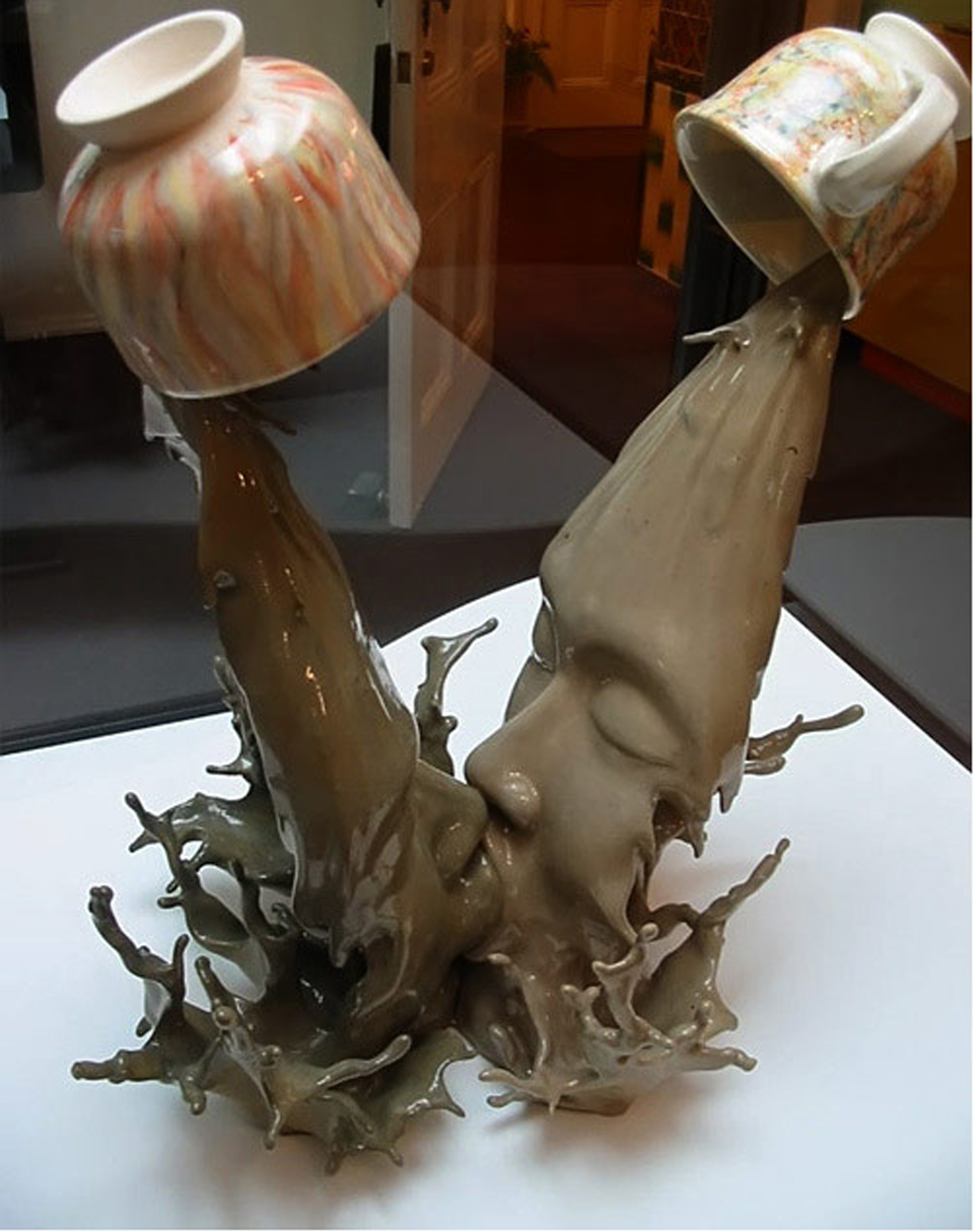 by Sculptor Tsang Cheung-shing
